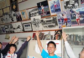 37歳でメダル「誇りに思う」 室伏選手卒業の成田高後輩