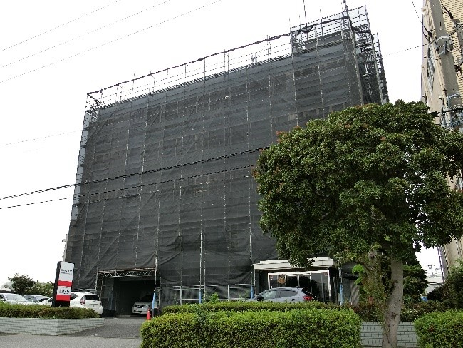 銚子丸本社。取材時は外装工事中でした